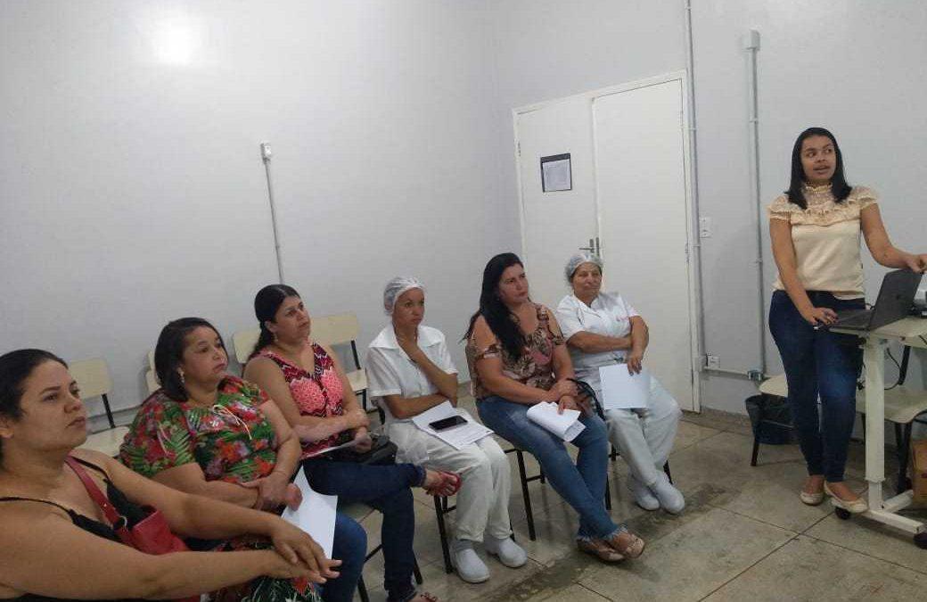Equipe de nutrição promove treinamento com foco na segurança do paciente