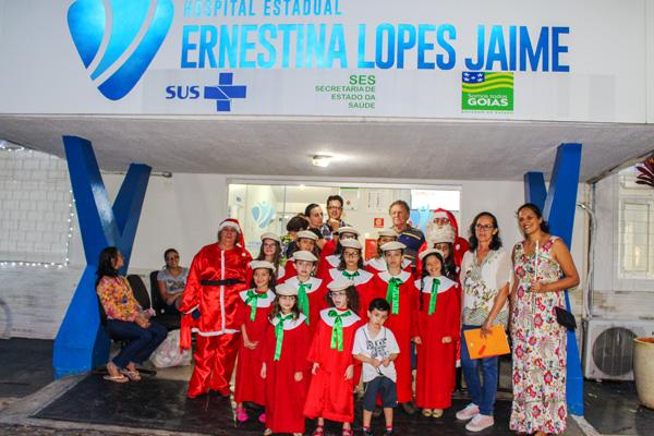 HEELJ recebe Cantata de Natal e a visita do Papai Noel